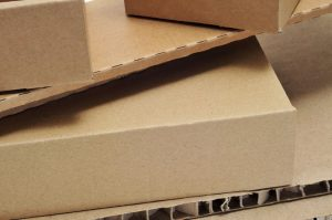 Imballaggio con cartone ondulato