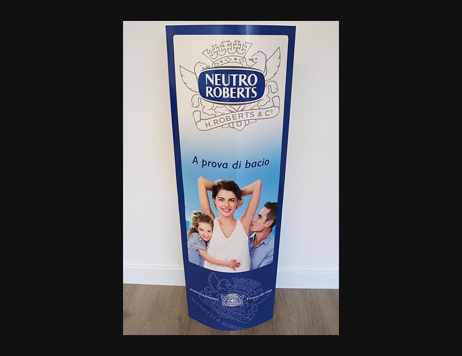 3ab2f9b4585ab Totem pubblicitario in cartone Neutro Roberts